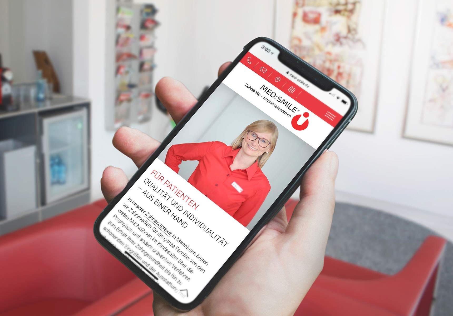 lr praxismarketing medsmile zahnarzt webdesign webseite responsive 2 - Langenstein & Reichenthaler - Agentur für Praxismarketing