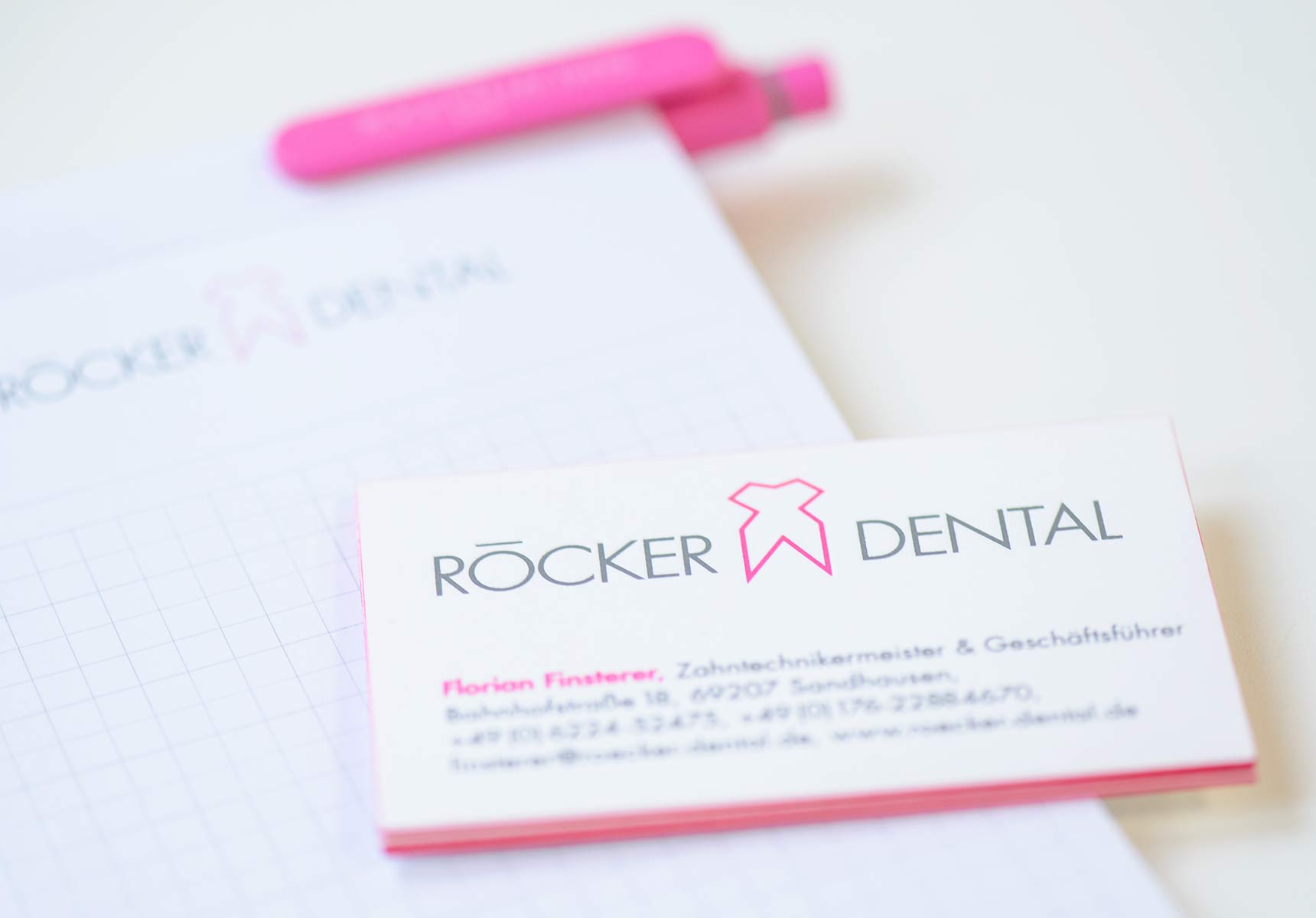 lr praxismarketing roecker dental corporate design visitenkarten 2 - Langenstein & Reichenthaler - Agentur für Praxismarketing